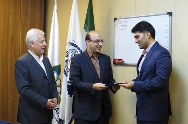 دکتر امیری خراسانی جزو مدیران علمی و اخلاقی وزارت ورزش و جوانان کشور است