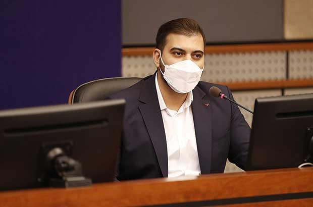انتصاب محمد صادق سرافراز به عنوان مشاور و سرپرست جدید اداره کل حوزه مدیر عامل سازمان منطقه آزاد کیش
